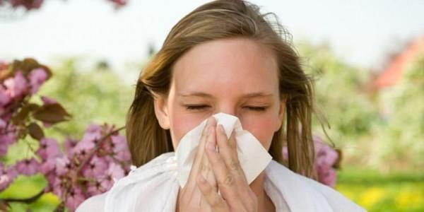 猫アレルギーの症状が喘息に発展する7つのケース
