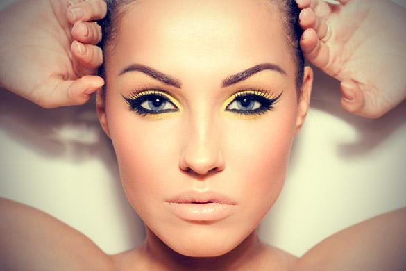 猫顔メイクを収得するのに揃えておきたい化粧道具7種