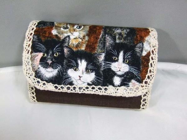 リアルな猫柄ラウンドファスナー長財布