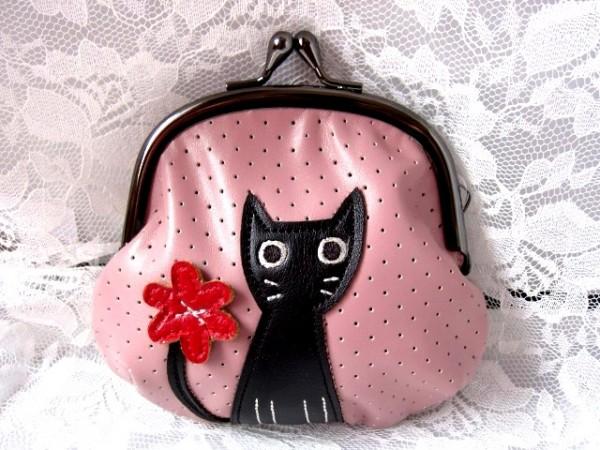 ピンクの黒猫がま口